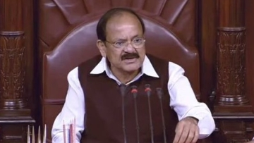 A visibly agitated Naidu told the protesting Congress that PM didn't make the remarks in the House.