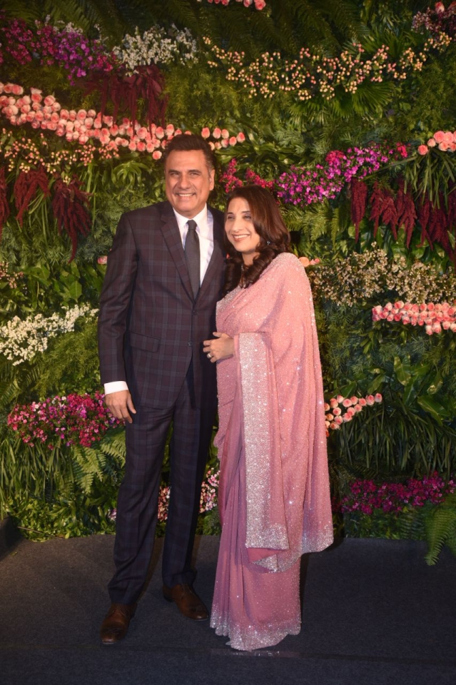 Boman Irani with wife arrive at Anushka Virat's reception.