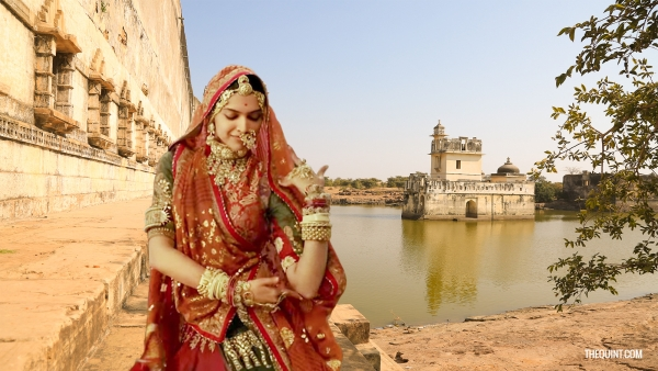Chittorgarh tour guides have been retelling the legend of Rani Padmini for ages now. What is their take?