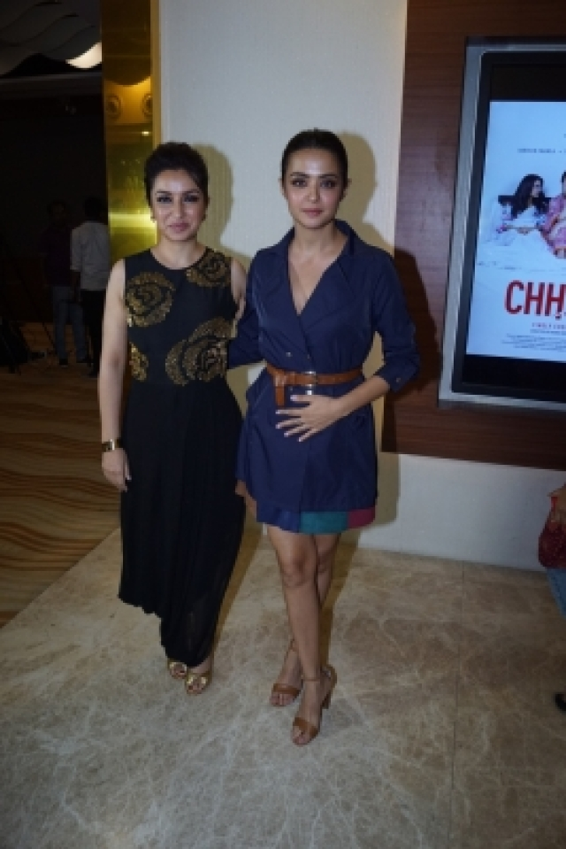 "Mumbai: Actresses Tisca Chopra and Surveen Chawla at the screening of short film ""Chhuri"" in Mumbai on Dec 19, 2017. (Photo: IANS)"