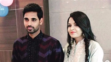 Bhuvneshwar Kumar and his Nupur Nagar held their reception in the capital's Taj Hotel on Tuesday, 5 December.