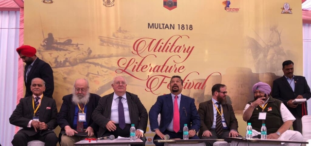 Captain Amarinder Singh in an interactive session with Vir Sanghvi, joined by military writers and historians, on Day 1 of the Military Literature Festival.