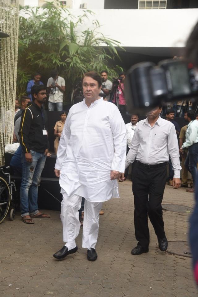 Randhir Kapoor arrives for the memorial service.