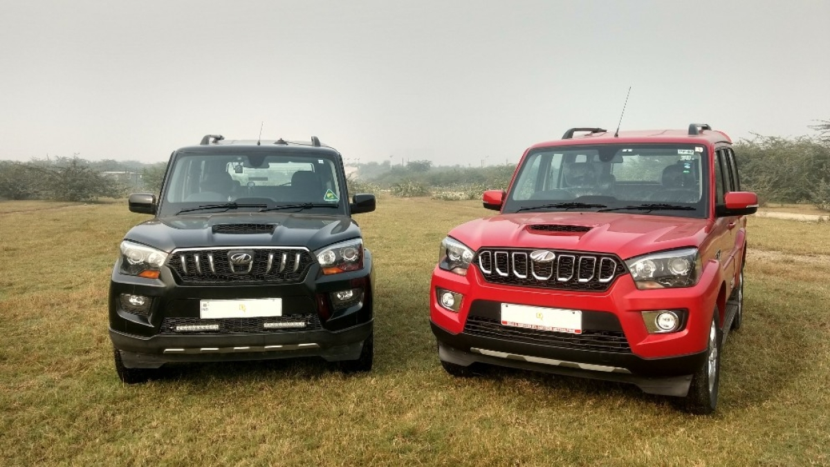 Mahindra has added 20 more bhp and 40 Nm more torque, along with a 6-speed gearbox to the 2017 Mahindra Scorpio (right).