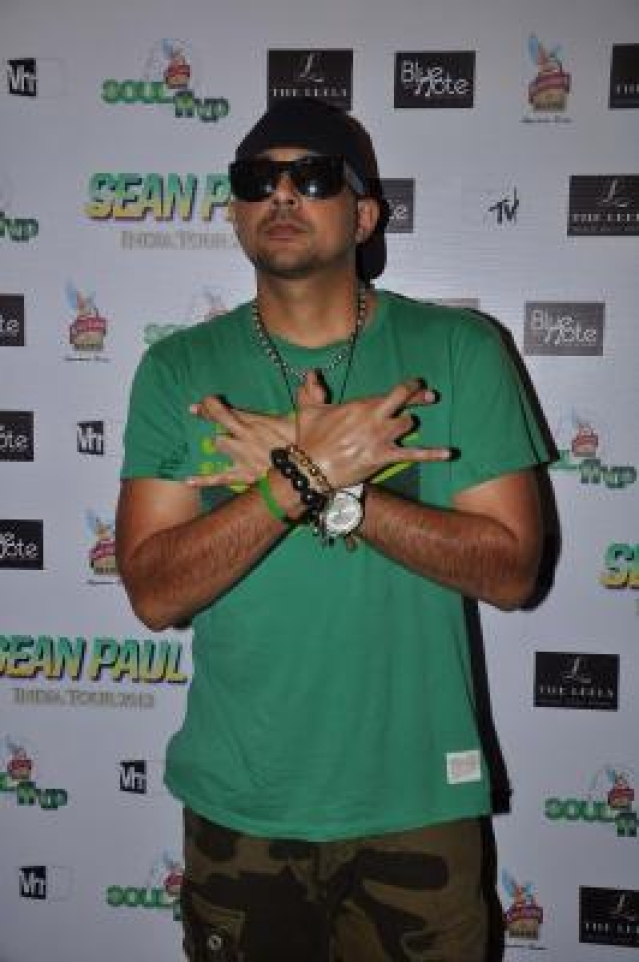 Sean Paul concert and press meet at Andheri Sports complex in Mumbai.  (Photo : IANS)