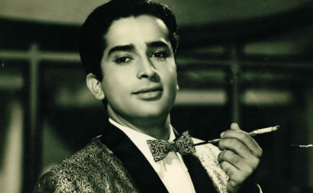 Shashi Kapoor at his graceful best.