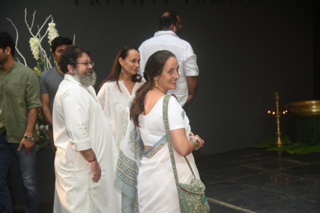Kunal and Sanjana Kapoor with Soni Razdan.
