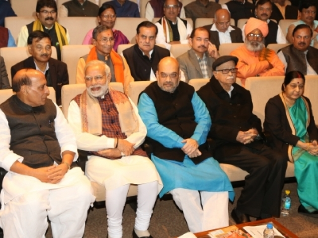 New Delhi: Prime Minister Narendra Modi, BJP president Amit Shah, leaders LK Advani, Rajnath Singh, Sushma Swaraj and others during the BJP Parliamentary Party meeting at Parliament House in New Delhi on Dec. 20, 2017. (Photo: Amlan Paliwal/IANS)