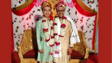 A US-based Indian engineer tied the knot with his Vietnamese gay partner on 30 December at Yavatmal in Maharashtra.