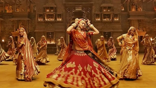 Deepika Padukone in a still from the song, <i>Ghoomar</i> from <i>Padmavat. </i>