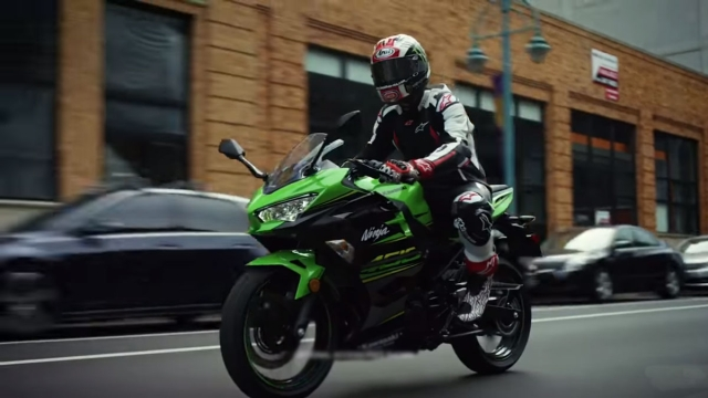 The new Kawasaki Ninja comes with a 399cc parallel-twin engine