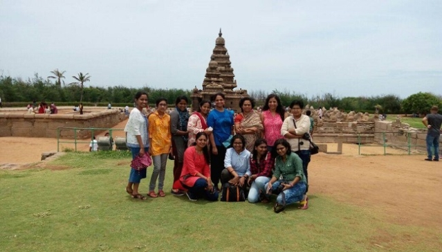 The group of friends in Mahabalipuram