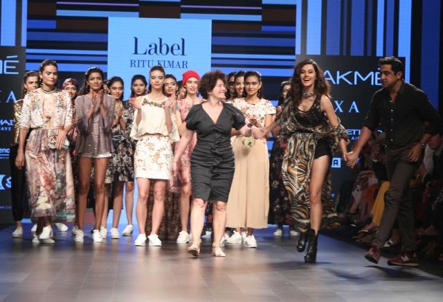 Taapsee walks for Ritu Kumar Label.