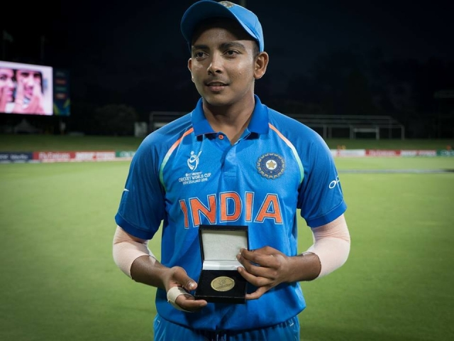 Prithvi Shaw with his Man of the Match medal
