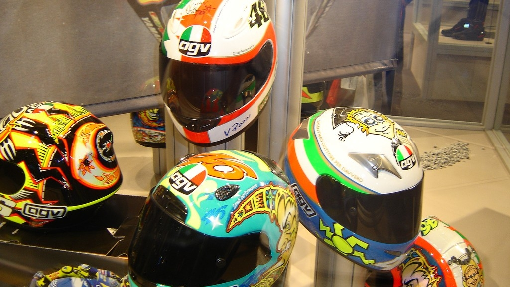 Govt To Bring in New BIS Standards for Premium Helmets in India