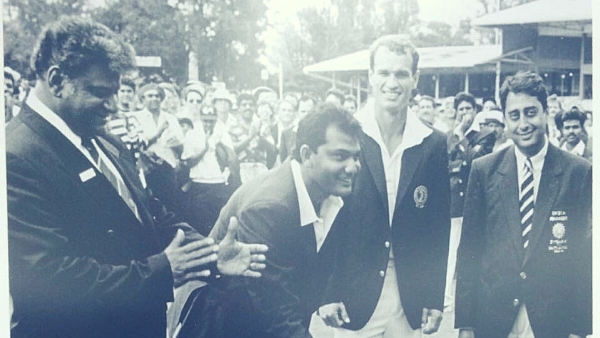 Mohammad Azharuddin (second from left), Kepler Wessels (second from right) and Amrit Mathur (extreme right).