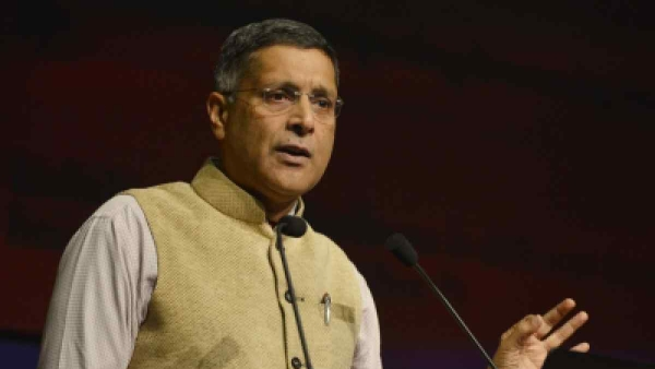 Chief Economic Adviser Arvind Subramanian addresses a press conference in New Delhi on Monday, 29 January.