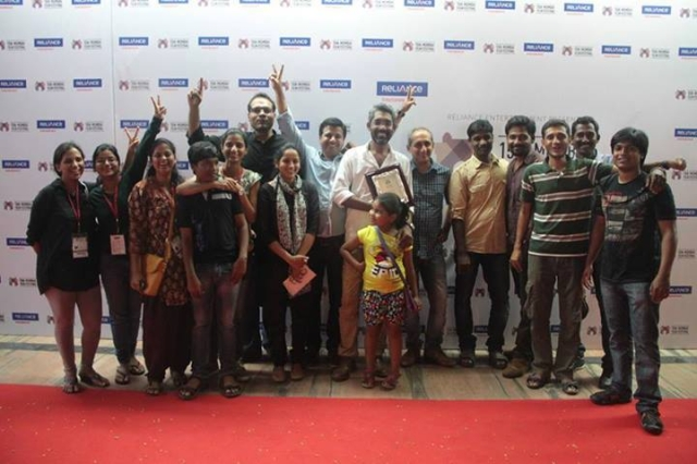 The cast and crew of <i>Fandry </i>after winning the Jury Grand Prize at the 15th Mumbai Film Festival.