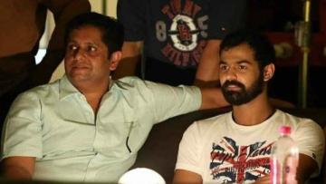 Director Jeethu Joseph and Pranav Mohanlala from the sets of<i> Aadhi</i>.