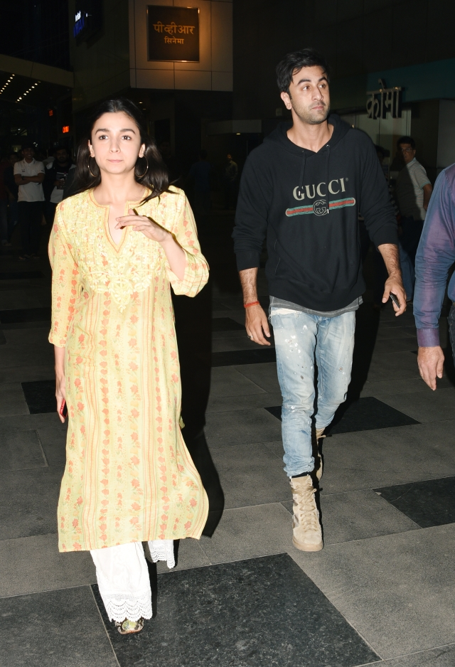 Alia Bhatt and Ranbir Kapoor walk in together for <i>Padmaavat.</i>