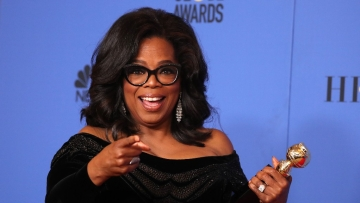 Oprah Winfrey becomes the first black woman to win the Cecil B. DeMille award at Golden Globes 2018.