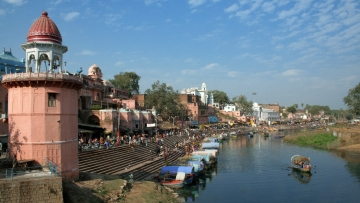 Ram Ghat, located on the banks of river Mandakini, is considered to be very auspicious.