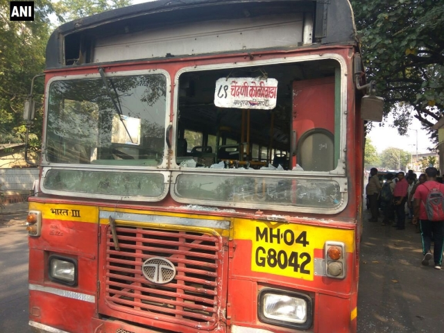 Four passengers were injured after two Thane Municipal Transport buses and an autorickshaw were attacked in Chendani Koliwada