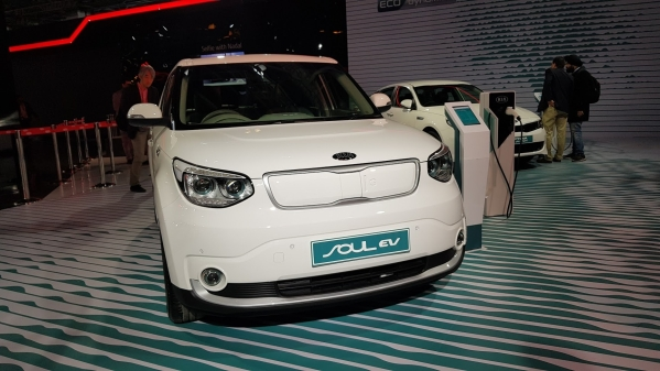 Kia Motors showed the Soul electric vehicle, besides the Niro and Optima hybrids at Auto Expo 2018.