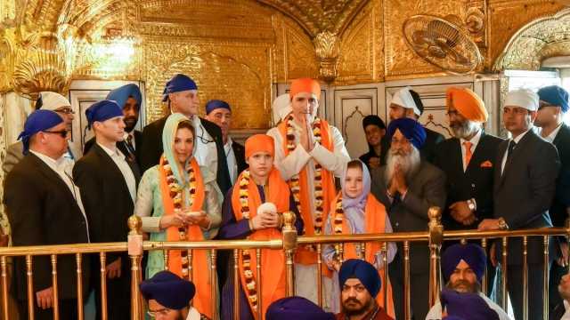 Canadian Prime Minister Justin Trudeau with his family at the Golden Temple.