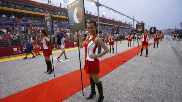 Formula One grid girls are seen before the start of the Singapore F1 Grand Prix at the Marina Bay street circuit in Singapore.