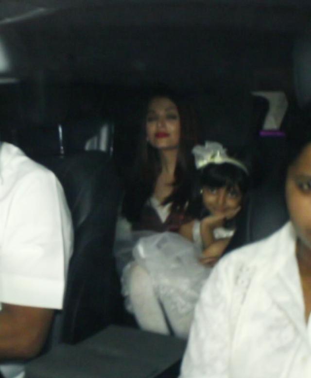 Aishwarya Rai Bachchan with Aaradhya.