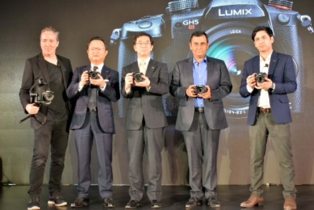 New Delhi: Panasonic Corporation Director - Imaging Business Yosuke Yamane (third from left) and other officials during the launch of LUMIX GH5S -- world