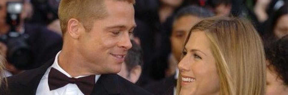 Twitter Tries to Play Cupid for Jennifer Aniston & Brad Pitt