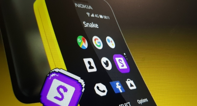 Nokia 8110 4G supports host of apps and Snake game.