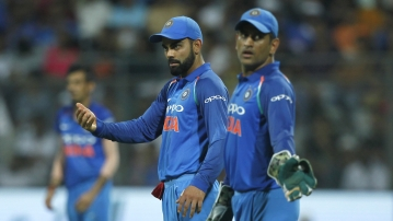 MS Dhoni Fourth Wicket-keeper to Effect 400 Dismissals in ODIs