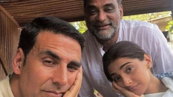 R Balki, Akshay Kumar and Sonam Kapoor on the sets of <i>PadMan.</i>
