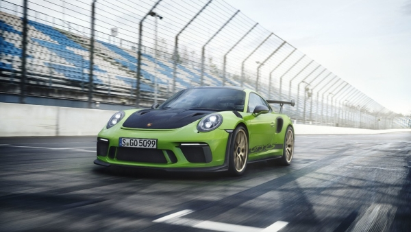 Porsche 911 GT3 RS Launched in India at Rs 2.75 Crore
