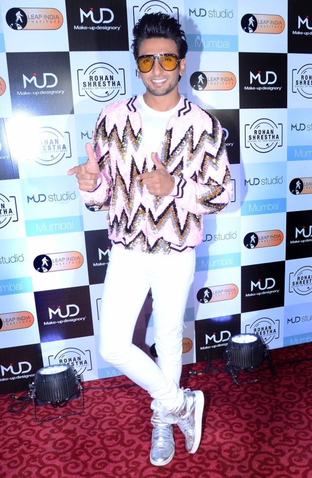 Ranveer Singh does flaunt an extravagant sense of fashion.