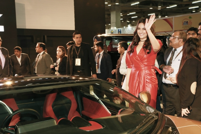 Sonakshi Sinha at the auto expo.