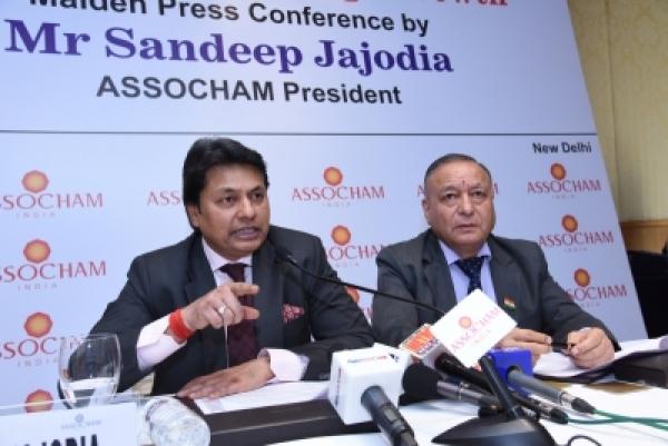 ASSOCHAM President Sandeep Jajodia (L). (Photo: IANS)