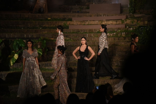 Kareena in the grand finale.