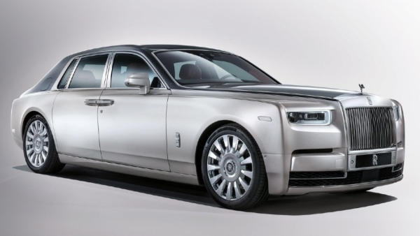 Rolls Royce Phantom VIII Launched, Prices Start at Rs 9.5 Crore