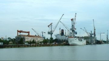 At least four people were killed and 13 injured in a blast at the Cochin Shipyard on Tuesday, 13 February.