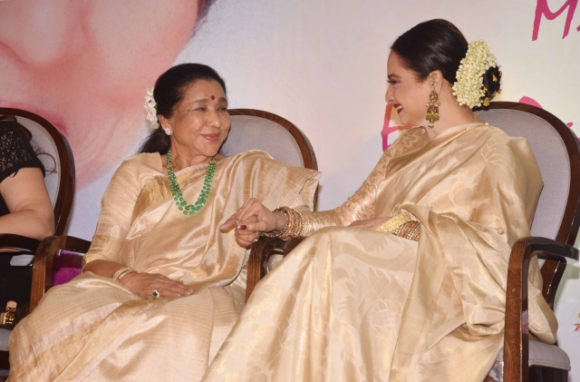 Catch up time for Asha and Rekha.