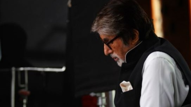 Amitabh Bachchan has reportedly fallen ill on the sets of <i>Thugs of Hindostan </i>in Jodhpur.