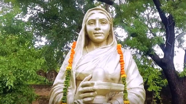 The Brave Queen of Malwa: Ahilyabai Holkar
