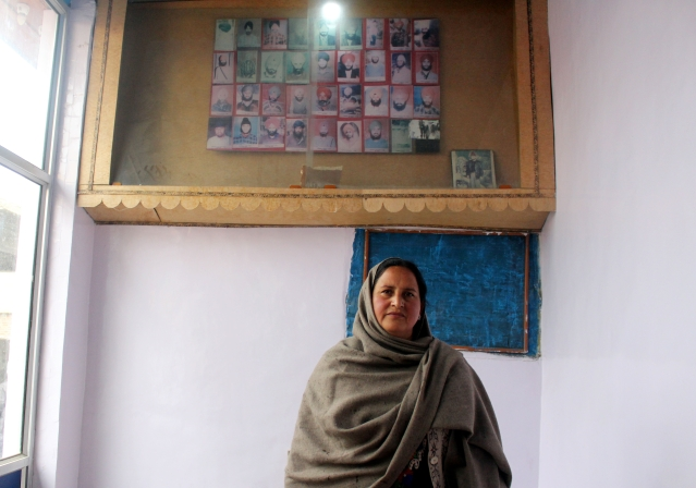 Shishinder  Kour, wife of  Shaheed  Sestel  Singh, lost her husband in the massacre.