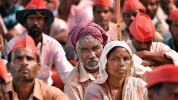 If the rural distress theme continues, what are the implications for the forthcoming Lok Sabha elections?