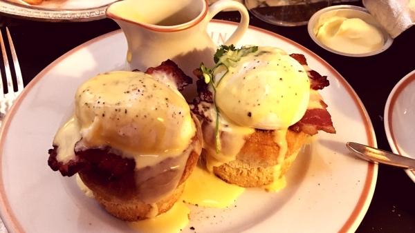 The delicious Eggs Benedict at Angelina.