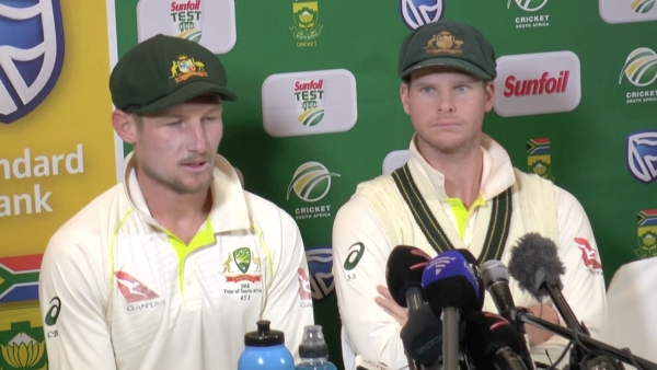 Steve Smith (R) and Cameron Bancroft speak to the media about the ball-tampering row during the third Test against South Africa.